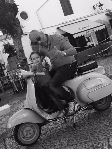 Io e mia figlia in Piazza Garibaldi