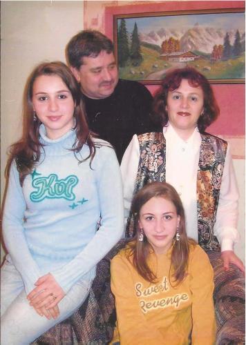 The entire Chirca family