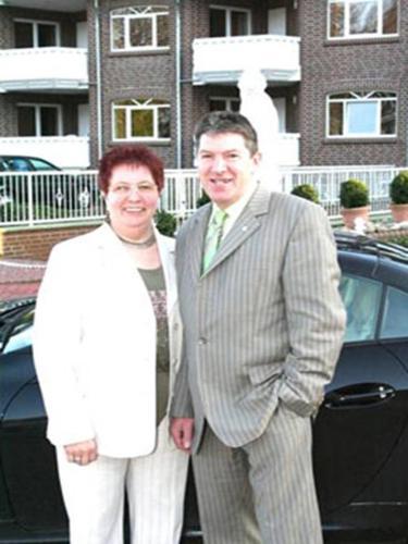 Annemarie und Berthold Fröhling als Gastgeber der Apartements Fröhlingr