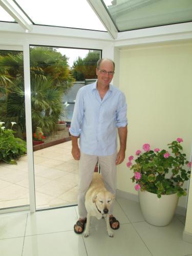 Thomas et Dede (chien)