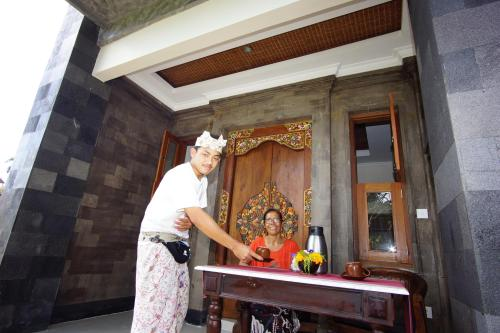 Friendly Okawati Hotel with Mindrum group