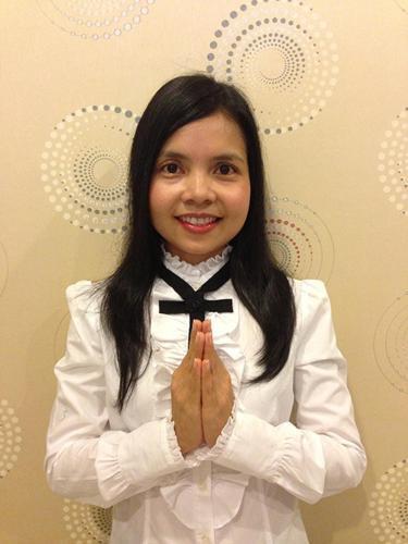 Director of Casuarina Shores company Miss Duangduan Chukham (Khun Apple)