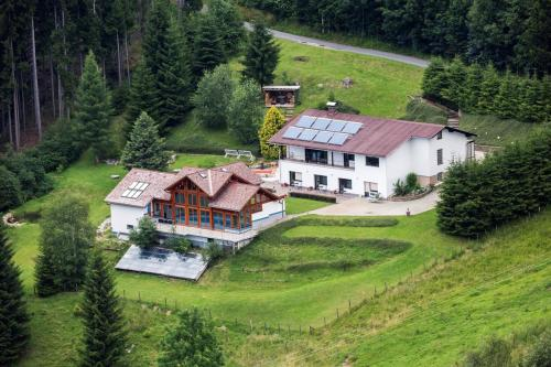 Wohlfuehl-Alm / Familie Kirchner