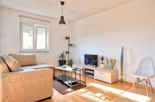 Apartment Ližnjan
