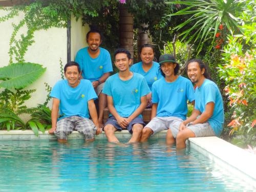 Teras Lombok Team
