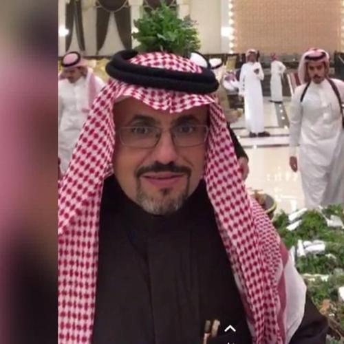 صاحب الفندق ابو خالد
